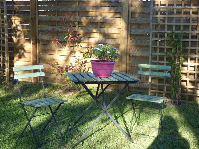 Table de jardin au Coeur des Vignes Pauillac